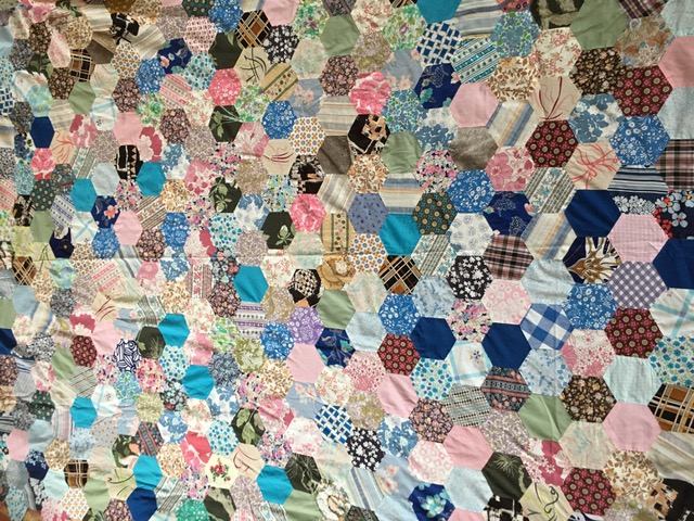 Creative Therapy: Jan Scott patchwork