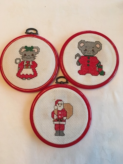 Creative Therapy: Jan Scott cross stitch Christmas mice