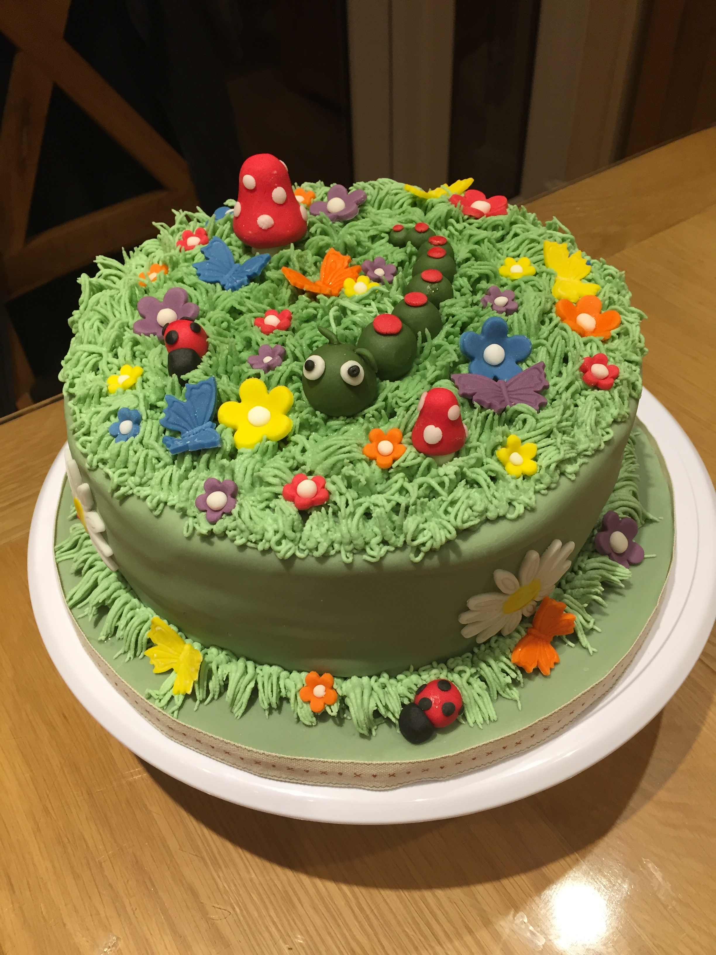 Creative Therapy: Kate Hall Garden Cake