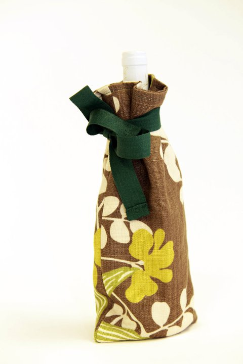 Creative Therapy: Kate Hall Wine Bottle Bag