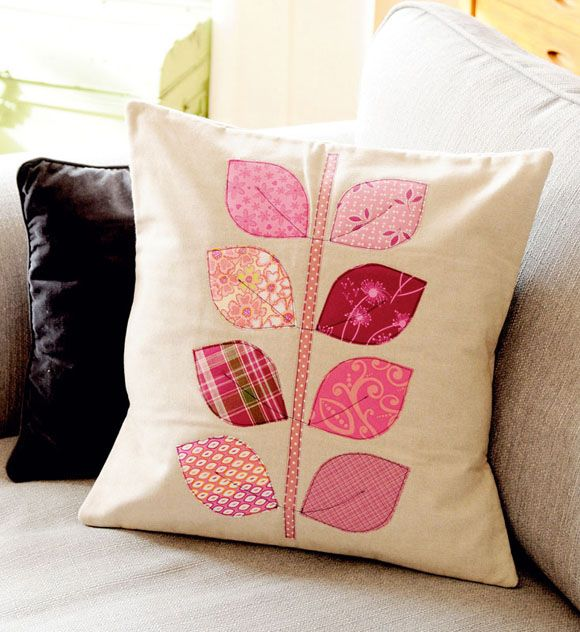 applique leaf cushion
